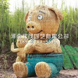 稻草人小猪